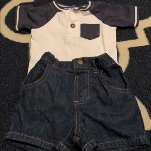 Size 6-9mo outfit